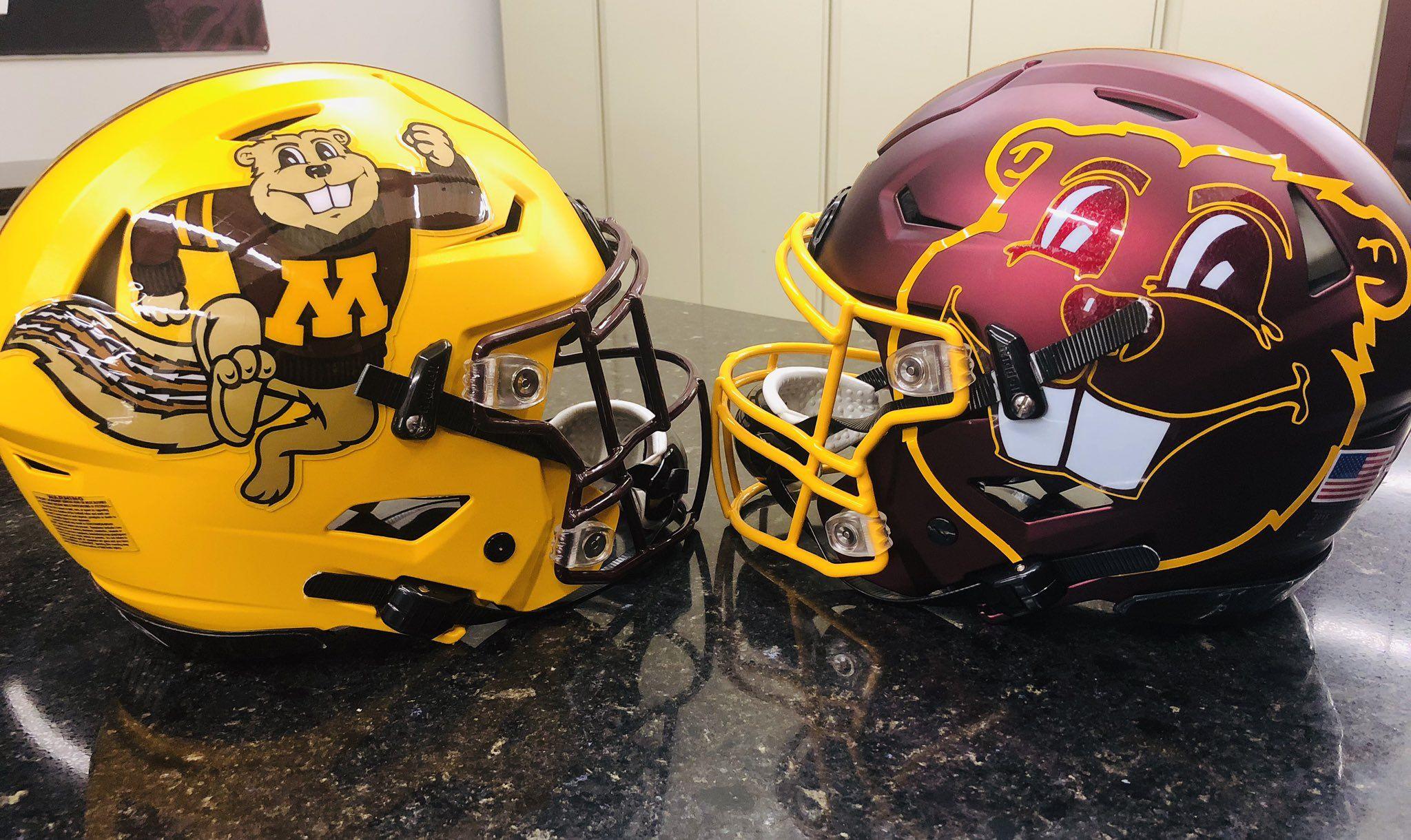 Minnesota Football On Twitter Minnesota Football Football Helmets Minnesota Gophers Football