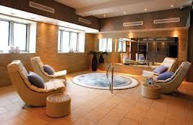 Jacuzzi in relaxing area.