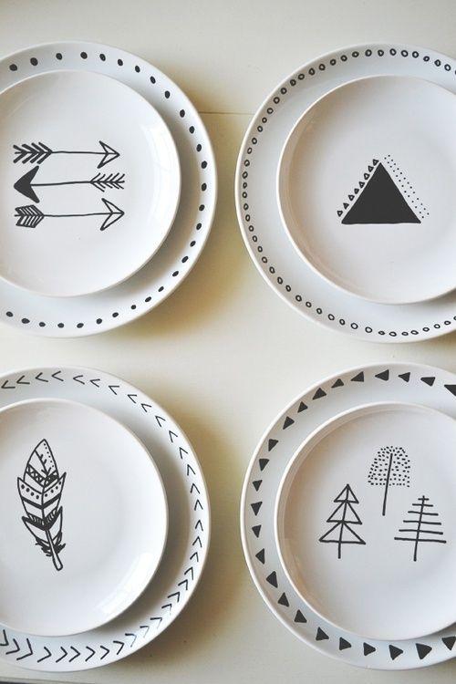 vaisselle avec dessins et motifs noir et blanc belle vaisselle pinterest motif noir. Black Bedroom Furniture Sets. Home Design Ideas