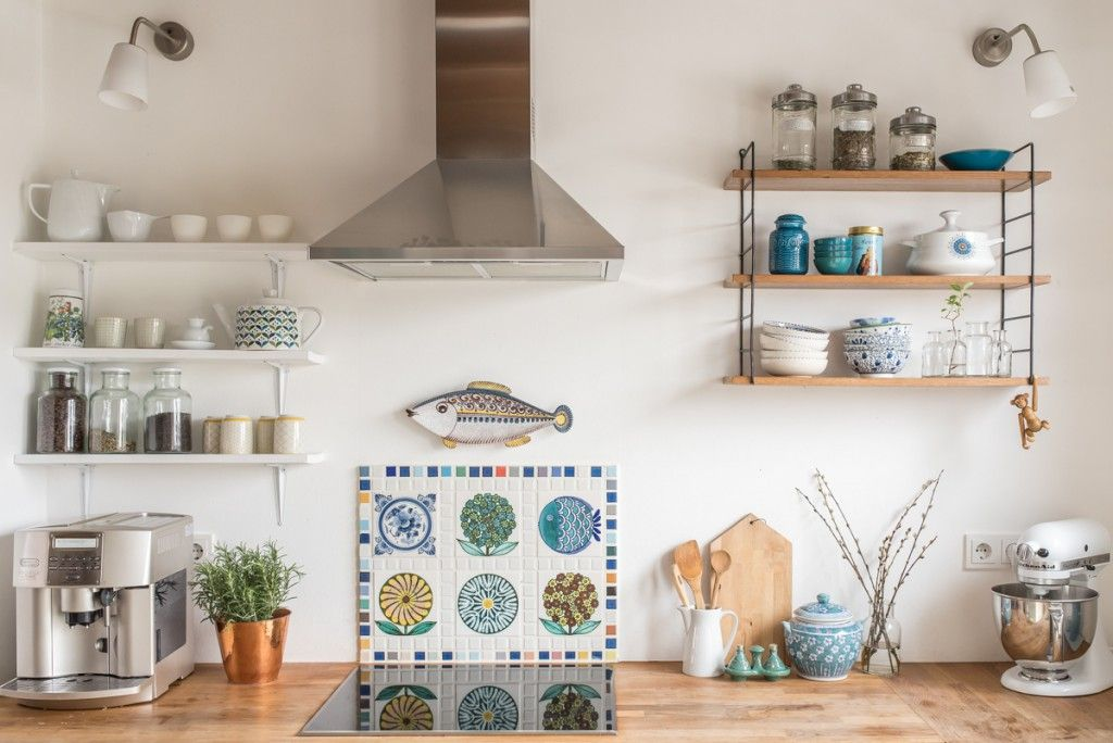 Decoration in the kitchen, in the spring in vintage look shelves - küche vintage look