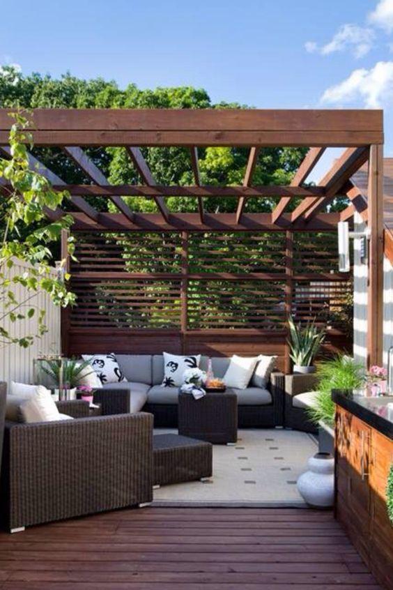 Pergolado com sofa tiny homes collection pinterest small backyard landscaping backyard - Small space outdoor living collection ...