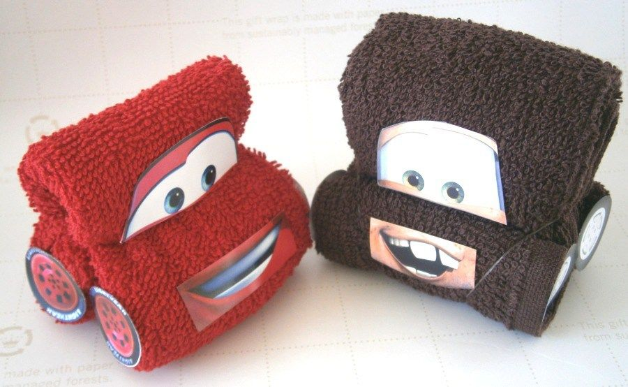obsequia toallas como recuerdos de forma original originales y divertidas ideas