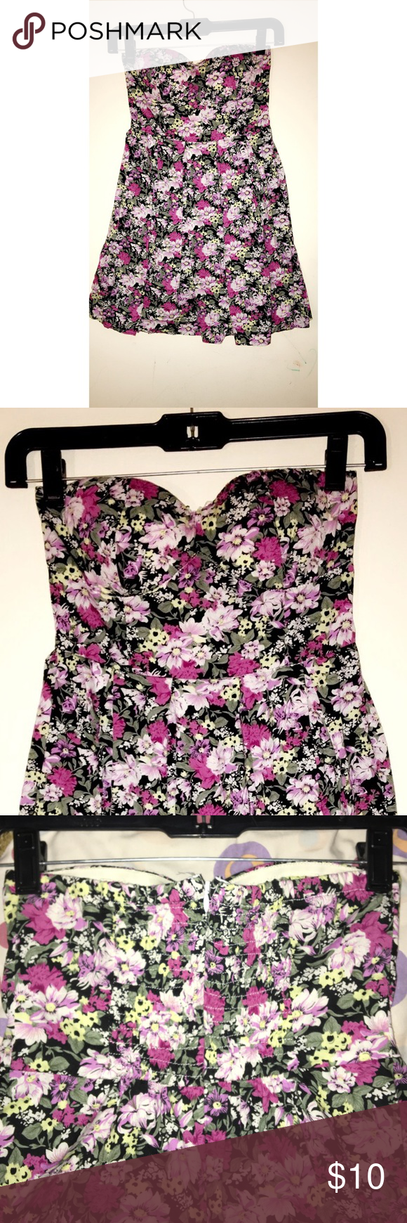 Floral print strapless dress Shades of purple flowers. Loose, comfortable, super cute and perfect for summer! Hidden zipper in the back and also a padded top. Worn a few times, in good condition. Dresses Strapless