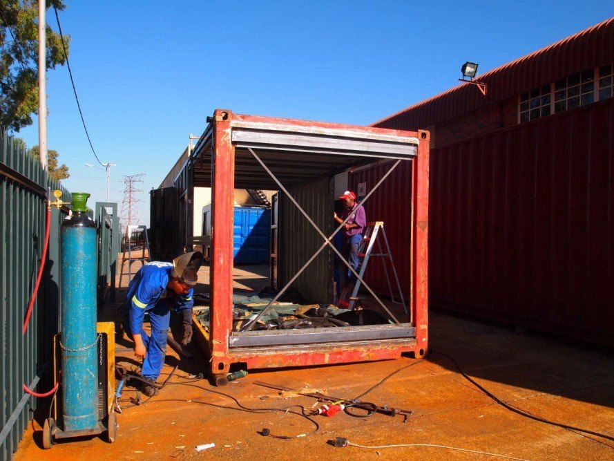 Old Shipping Container Is Converted Into A Chic Coffee Shop In Johannesburg Shipping Container House Plans Container Architecture Coffee Shop