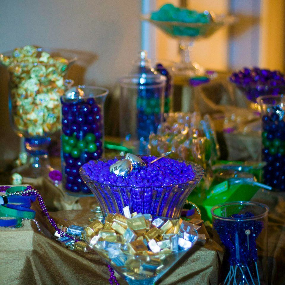 Mardi Gras Wedding Ideas: Mardi Gras Themed Candy Buffet. The Perfect Mix Of Gold