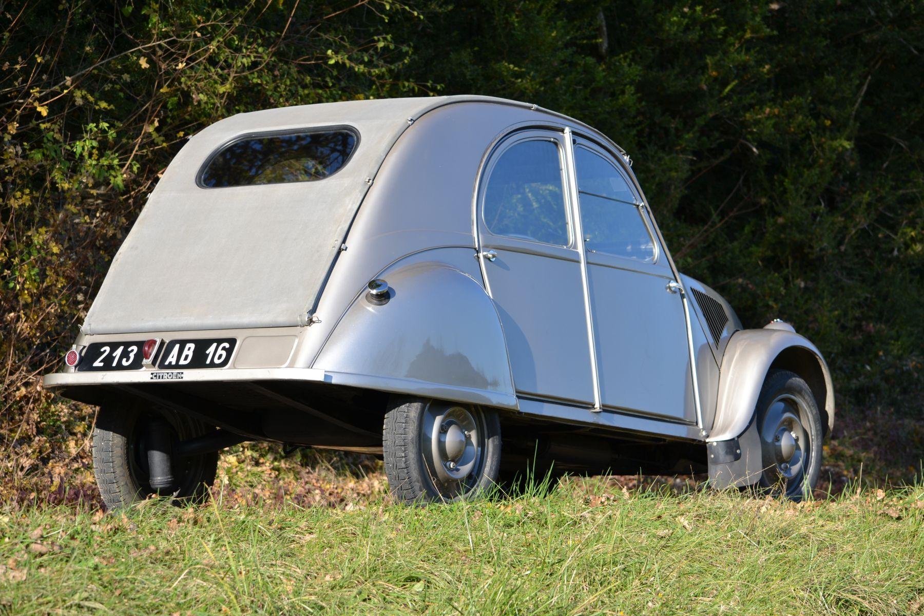 citro n 2 cv type a citroen 2cv cars antique cars classic cars. Black Bedroom Furniture Sets. Home Design Ideas