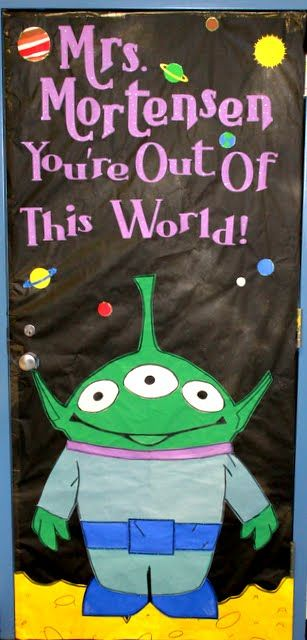 Ideas for decorating classroom doors -- some of these are really, really awesome!