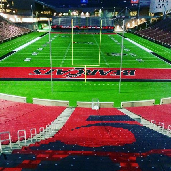 Prettypicmonday Nippert Stadium Instagram Laurenro25