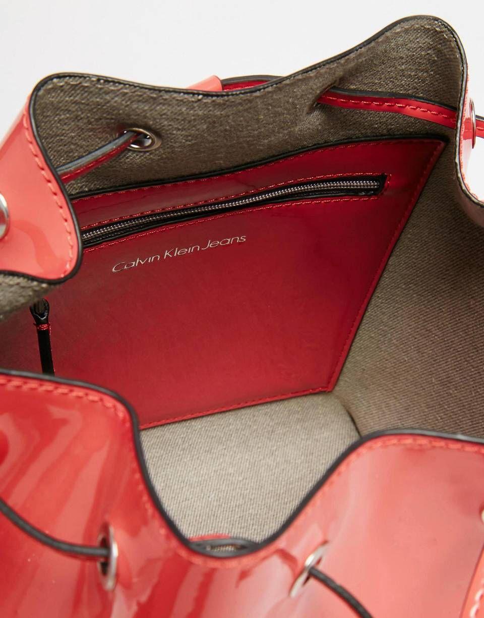 De Bombonera Klein Rosa Charol Con Cordón Ajustable Bolso En Calvin ARc3jL54q