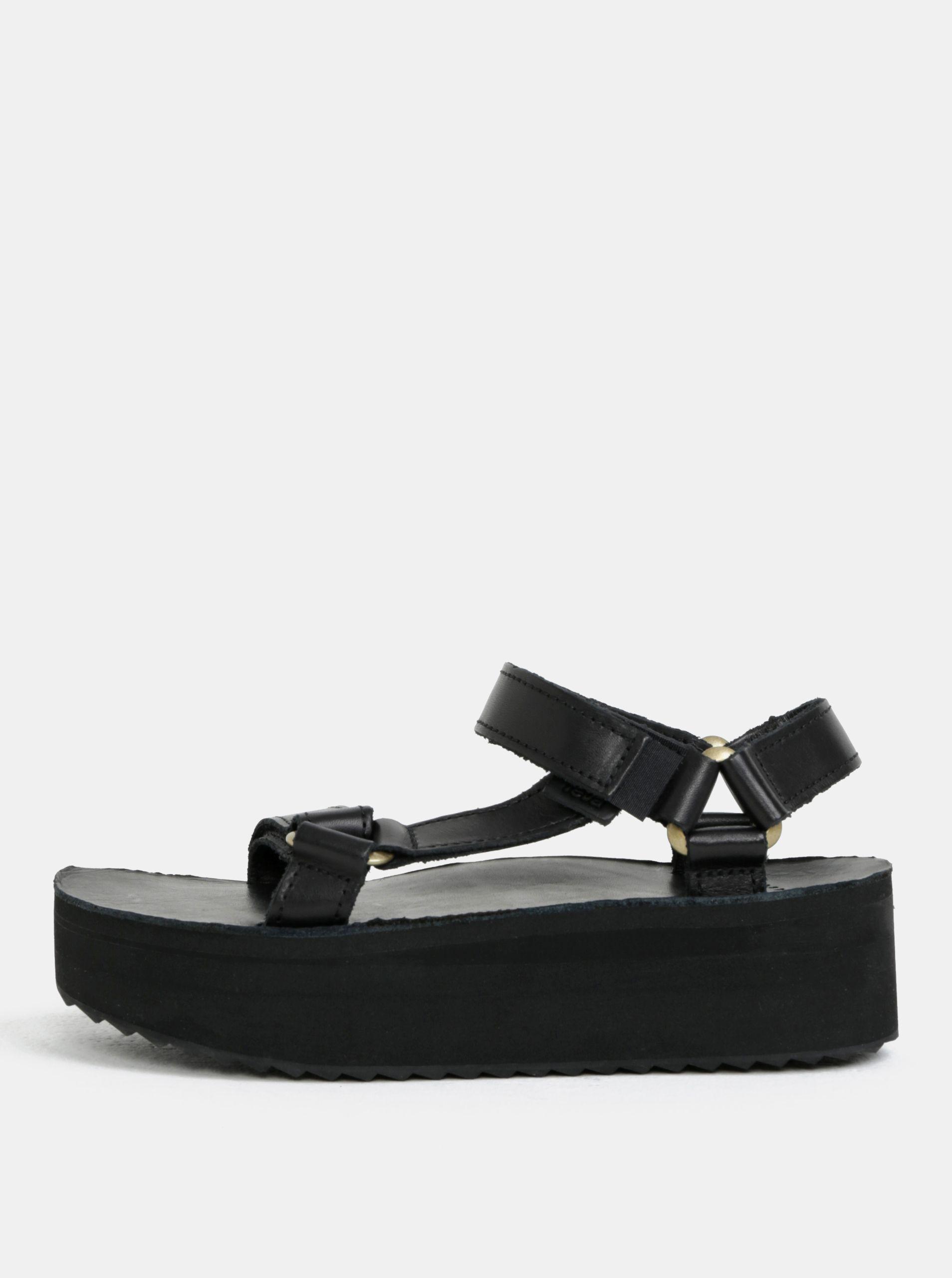 fd1e8d431 Typ: dámske kožené sandále na platforme na bežné nosenie Farba: čierna  Zapínanie: suchý zips Materiál: remienky – pravá koža stielka – pravá koža  podrážka ...