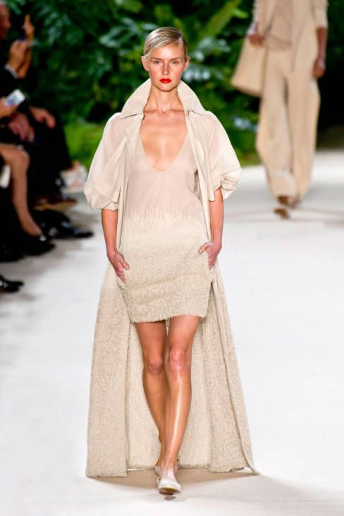 Akris Spring 2013 Ready-to-Wear Runway - Akris Ready-to-Wear Collection - ELLE