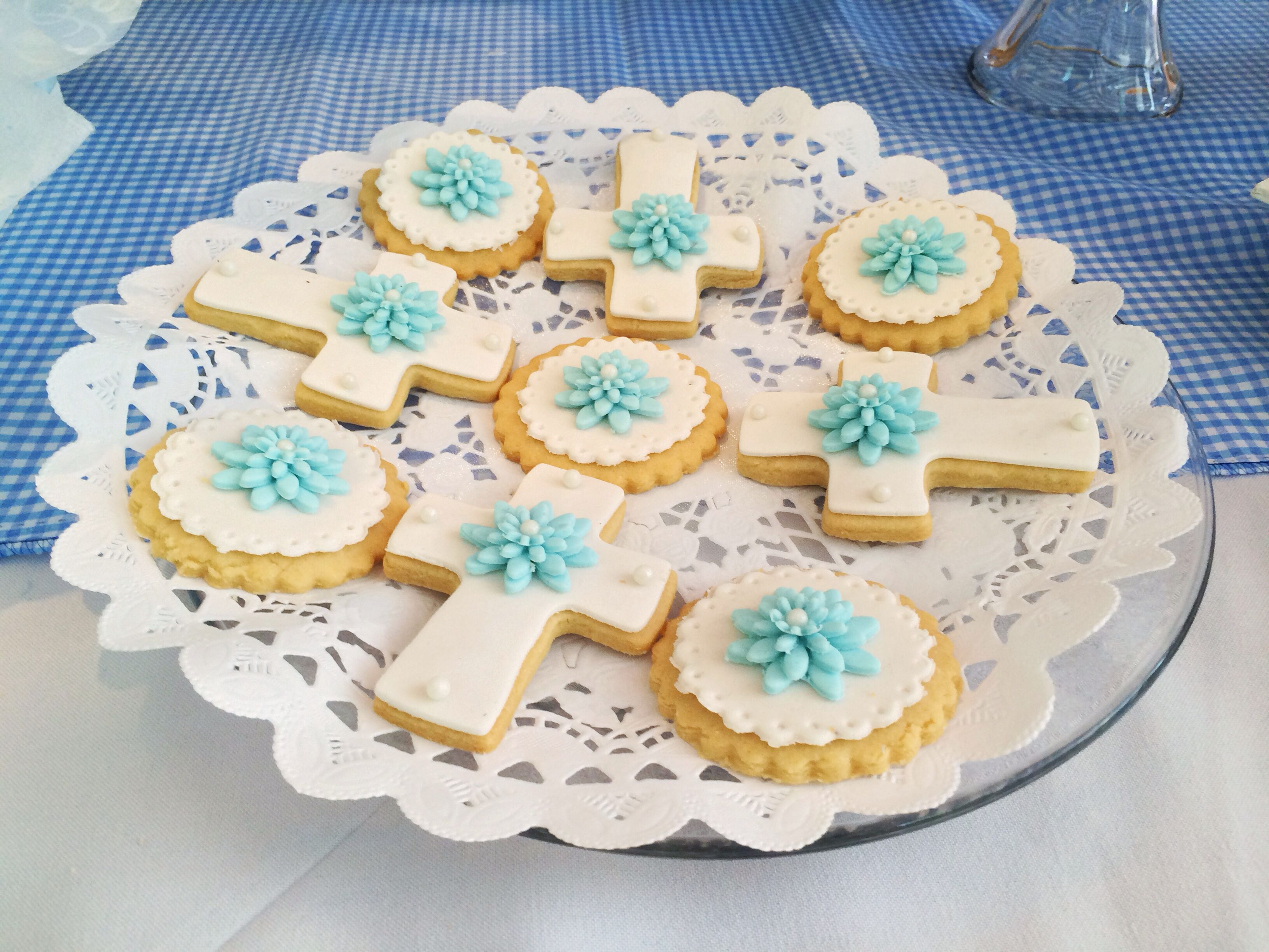 Galletas Decoradas De Comunion Galletas Con Fondant Para Bautizo Cookies Pinterest