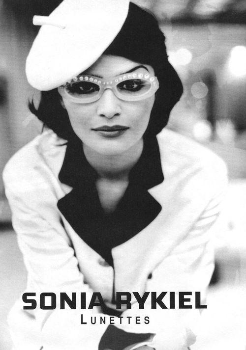 Sonia Rykiel 1992Model: Helena Christensen