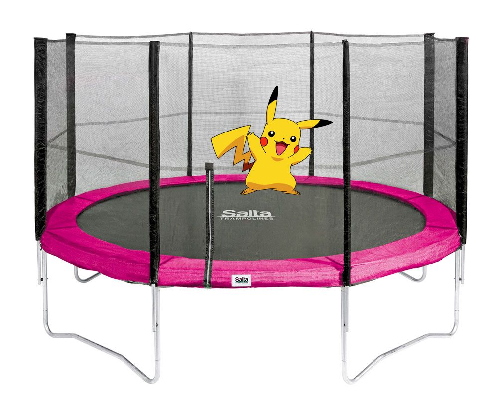 Pikachu Wurde Auf Einem Trampolin Von Salta Gesichtet Trampolin Trampolin Kinder Stahlrahmen