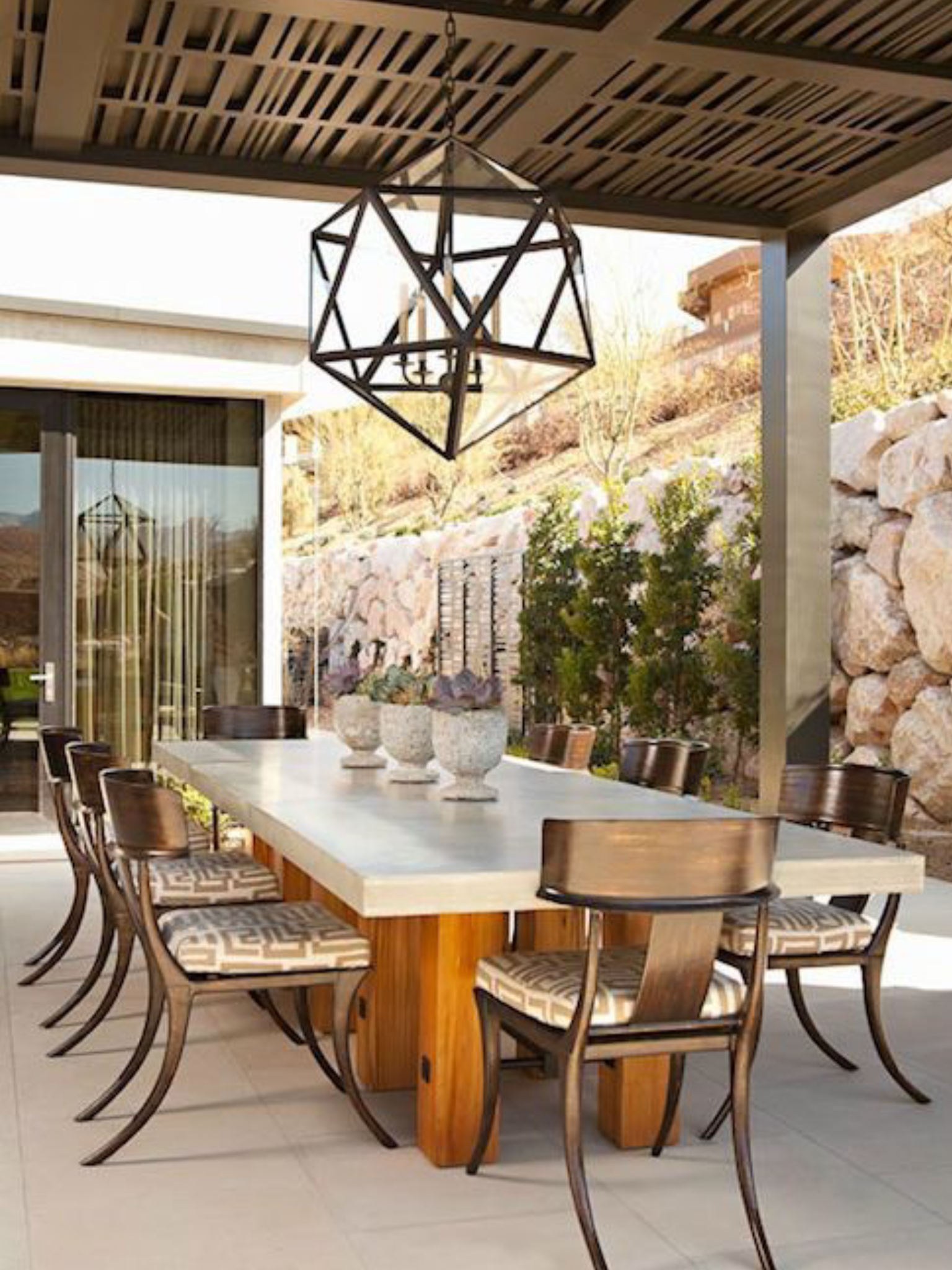 31 Gorgeous Outdoor Living Spaces