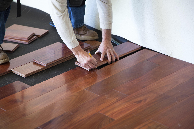 Bruce Hardwood Flooring Installation In 2020 Installing Hardwood Floors Installing Laminate Flooring Prefinished Hardwood
