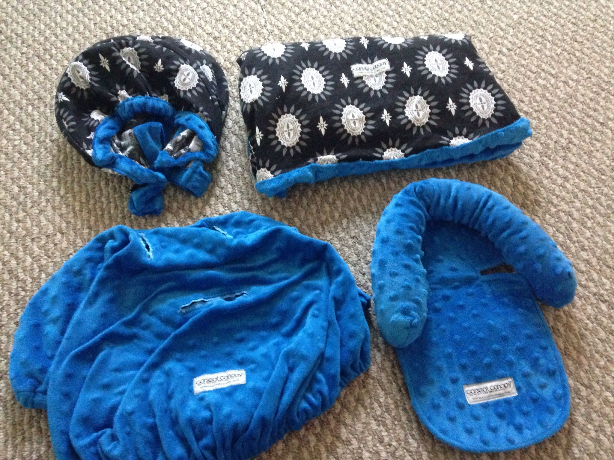 Complete warm carseat cover, hood cover, inside cover all