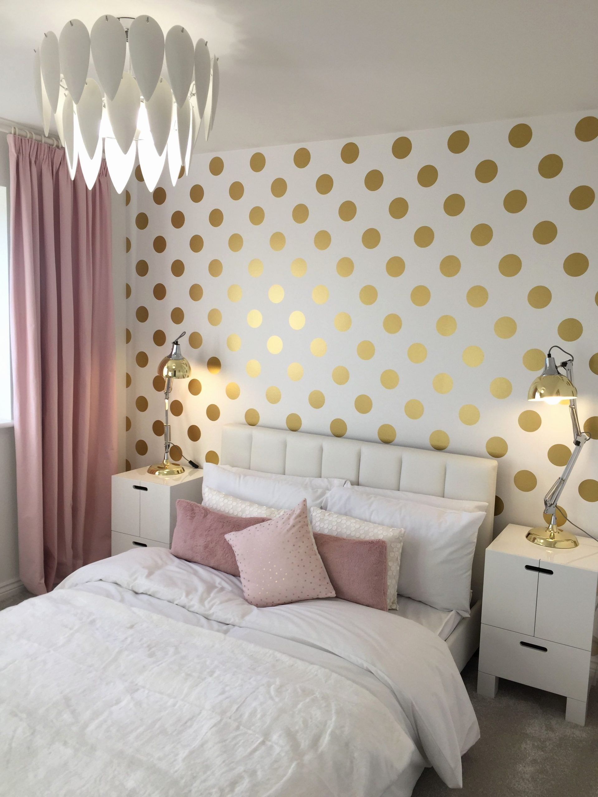 Polka Dot Bedroom Ideas Elegant Polka Dot Bedroom Pink And Gold Feature Wall In 2020 Girls Bedroom Green Girls Bedroom Wallpaper Pink Bedroom Decor