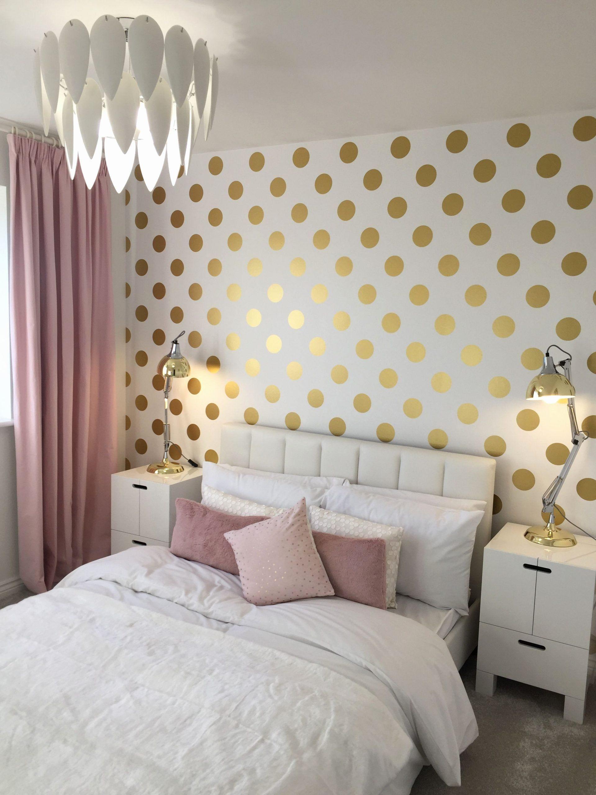Polka Dot Bedroom Ideas Elegant Polka Dot Bedroom Pink And Gold Feature Wall In 2020 Girls Bedroom Green Girls Bedroom Wallpaper Pink Bedroom Decor