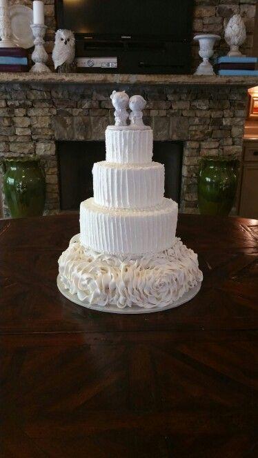 Fondant ruffle textured butter cream cake