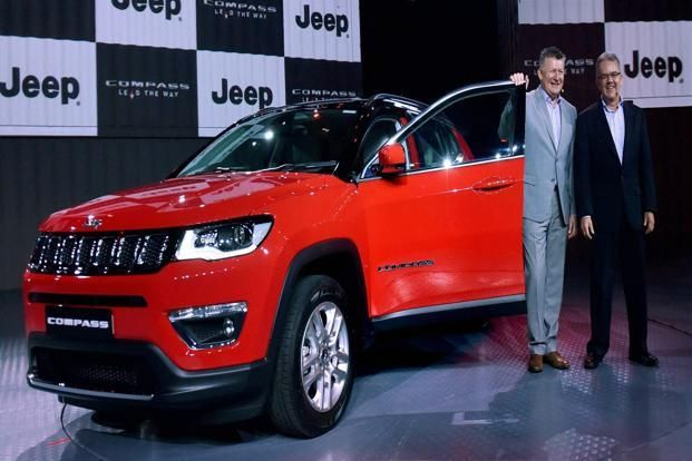 Jeep Compass Price Range At Rs15 20 Lakh Threatens Suvs From