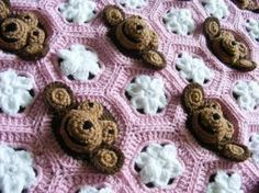 Is This The Cutest Monkey Crochet Blanket You've Seen! | The WHOot