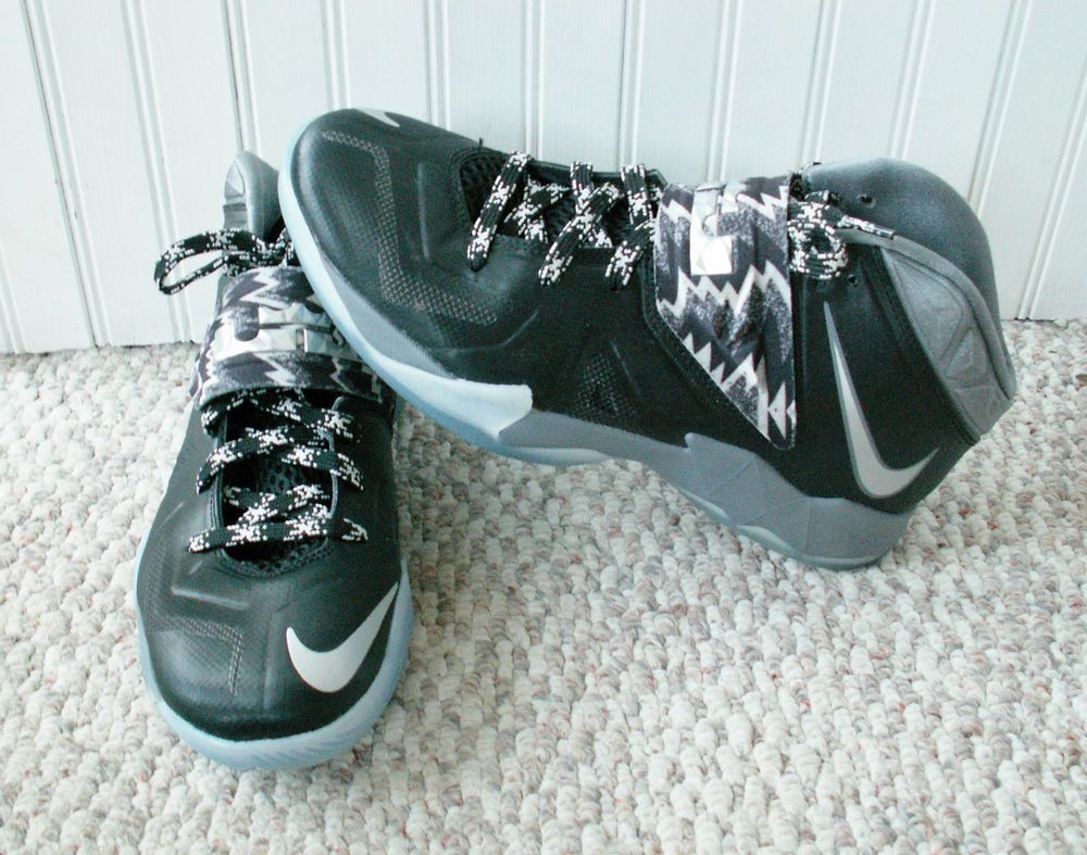 Nike 609679-001 Zoom LeBron Soldier VII Wolf Grey/Black-White 8.5