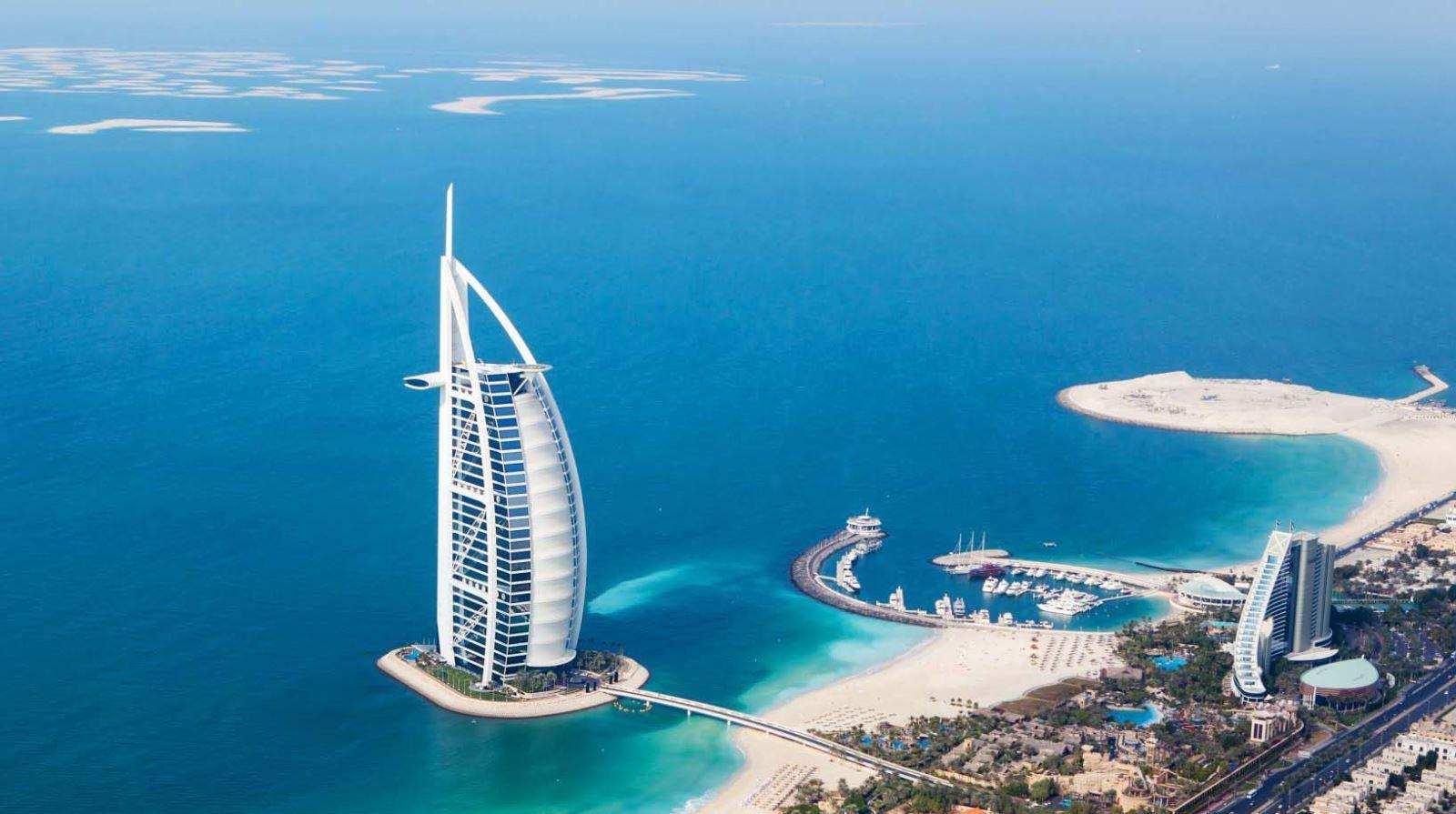 Khách sạn 7 sao Burj AlArab - Dubai