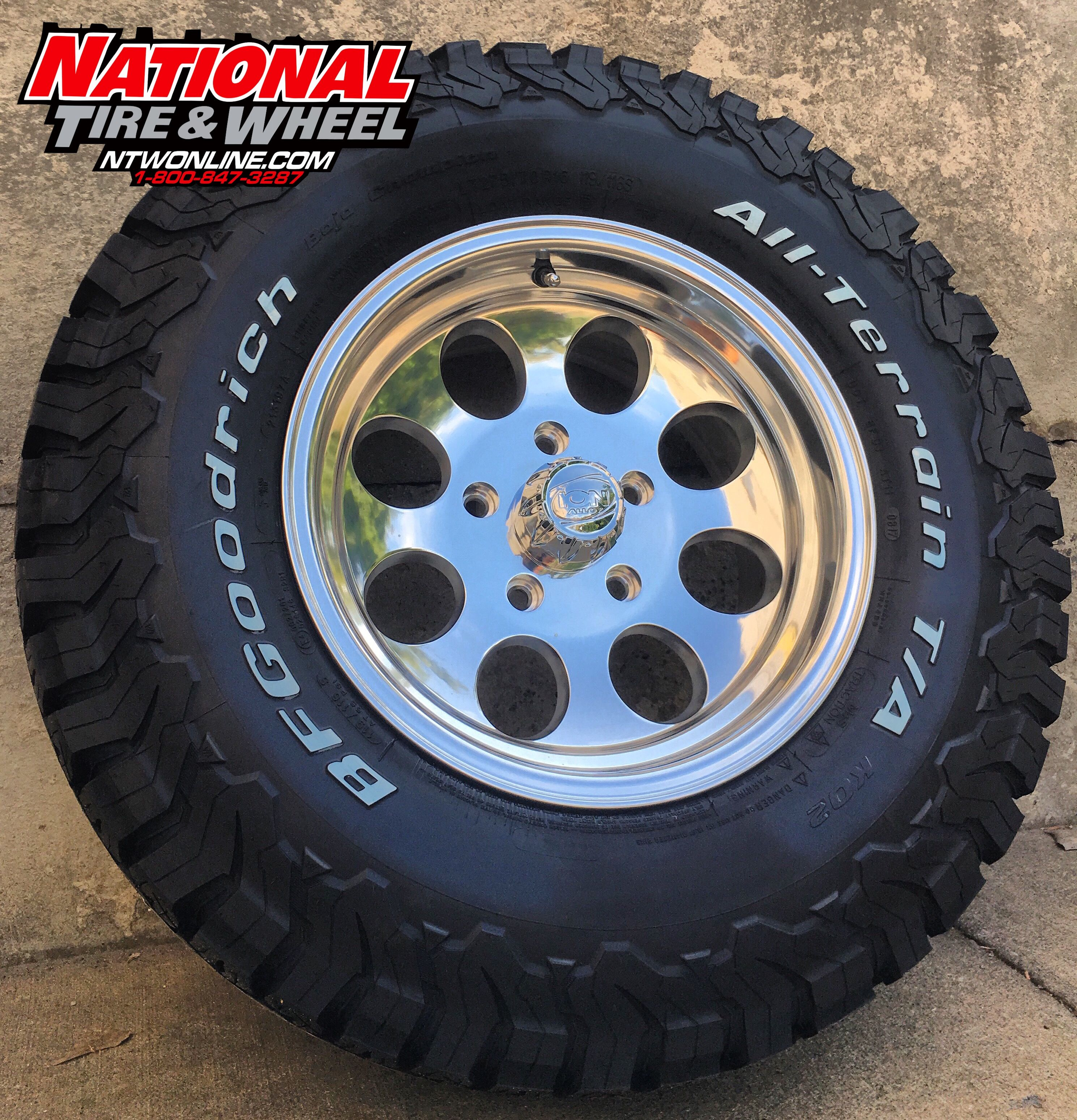 16x8 Ion Type 171 Laced Up To A 275 70r16 Bfgoodrich Ko2 Wheel