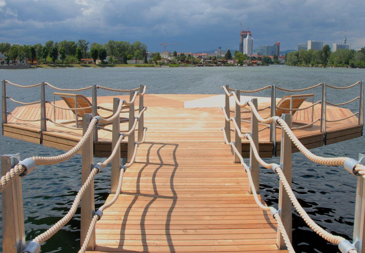 Schwimmsteg badesteg alte donau in wien wasserspiel baden pinterest wien wasserspiele - Landschaftsarchitektur osterreich ...