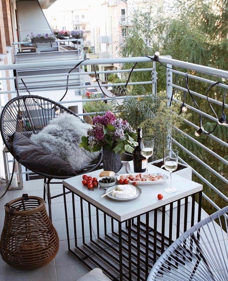 So gestaltet Ihr Euren Balkon in 3 Schritten! #smallbalconyfurniture