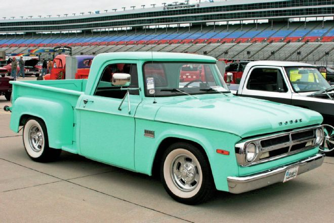 Goodguys Lone Star Nationals Classic Trucks Old Dodge Trucks Classic Chevy Trucks