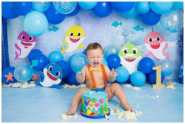 Baby Shark Cake Smash Baby boy 1st birthday party, Shark