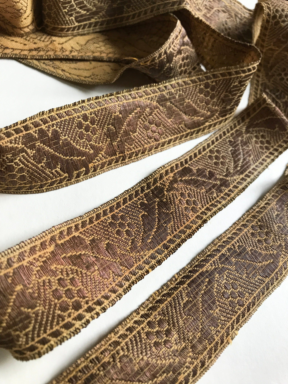 Vintage 1.5 White Ribbon with Metallic Gold Trim