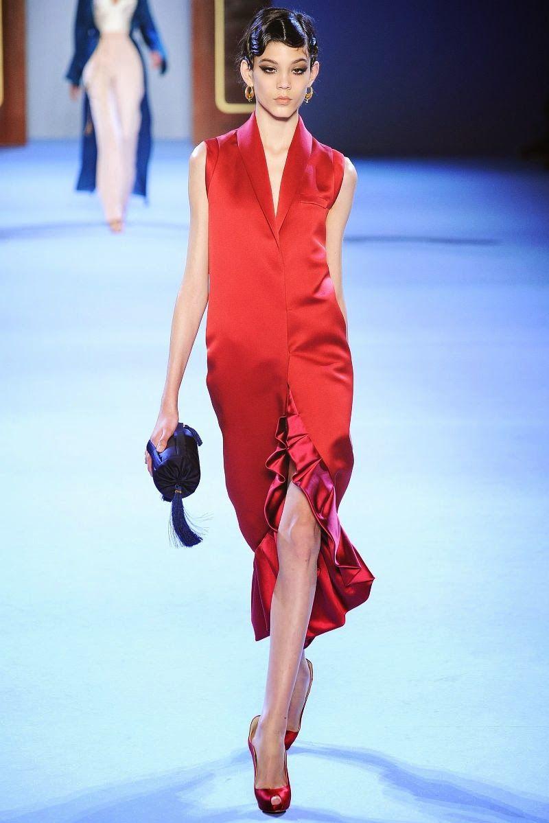 34e5e2a41098 Fashion Show  Ulyana Sergeenko Haute Couture Spring Summer 2014   Ульяна  Сергеенко Весна 2014