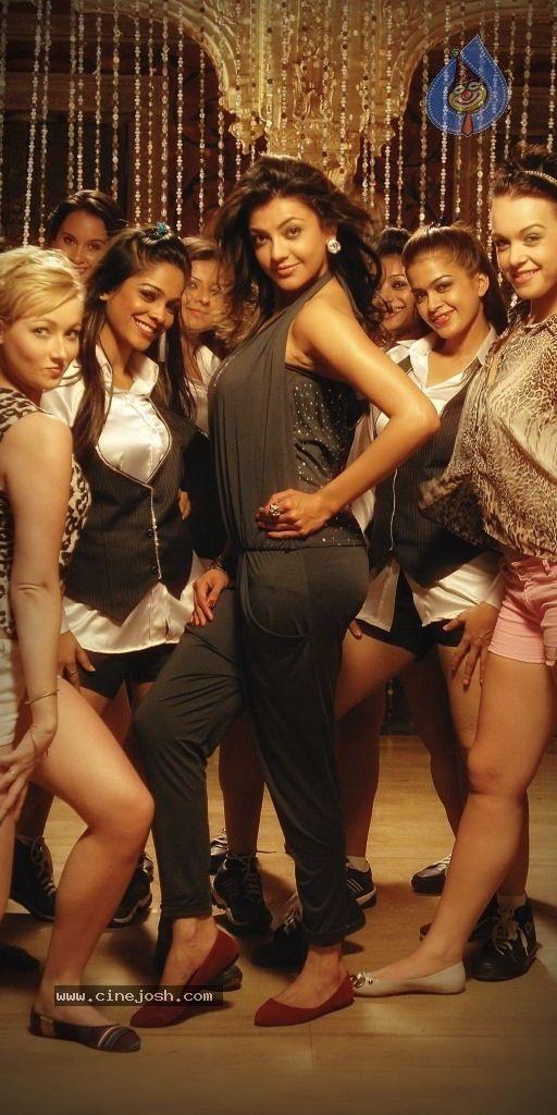 Kajal Agarwal Latest Hot Stills From Thuppakki Social India Cinema Actress Actresses Beautiful Indian Actress