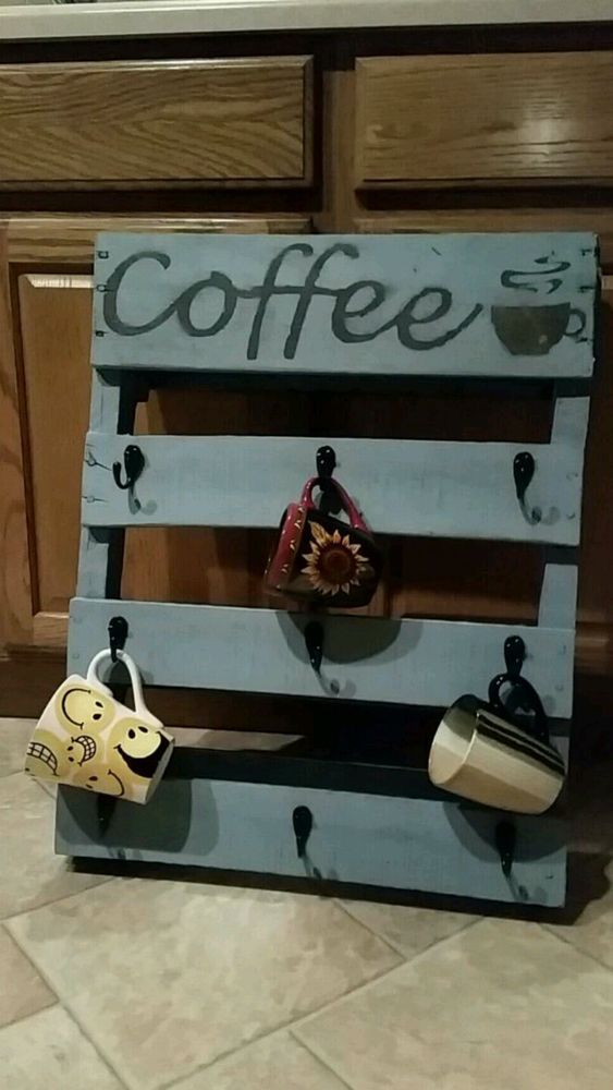 Distressed rustic reclaimed pallet coffee cup holder for Coffee rack diy