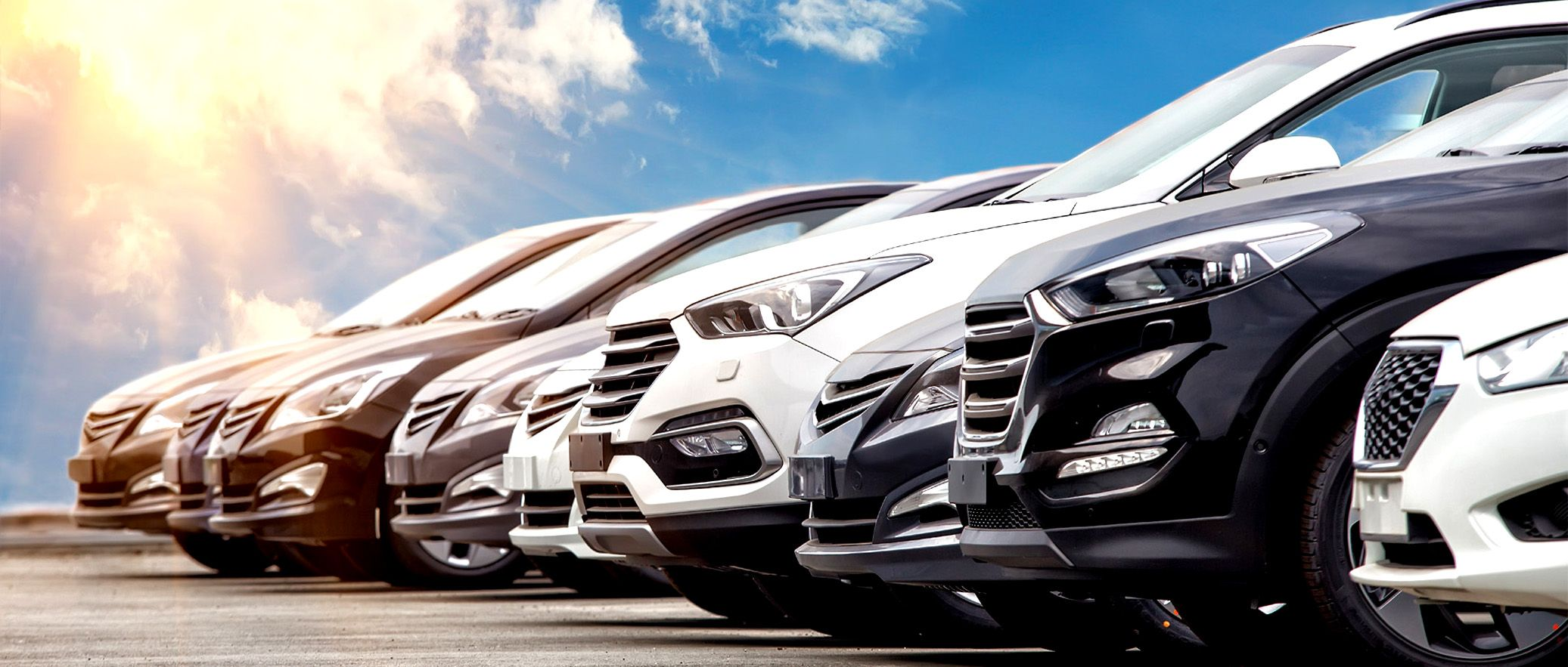 4 Advantages To Sell Car In Dubai Through The Internet Used Cars Car Rental Service Car Advertising