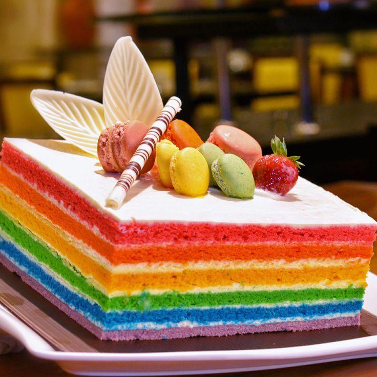 Food Desserts, Yummy Desserts, Rainbow Cake, Yummy Food