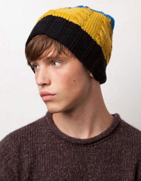 Gorros y sombreros Pull and Bear para hombre – Gorro de punto en varios  colores 98386e9138e