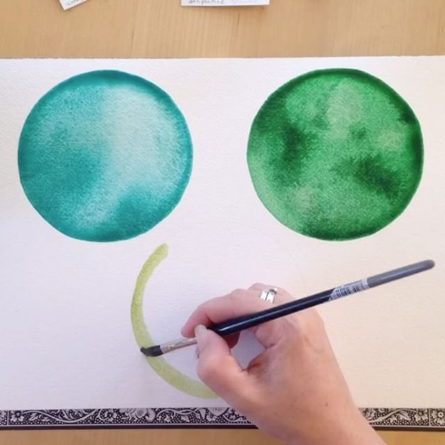 It's Timelapse Tuesday! Here's some soothing green circles to balance out the insanity of today. Amazonite, Emerald, and Serpentine pigments.  Now I'm gonna go #vote.