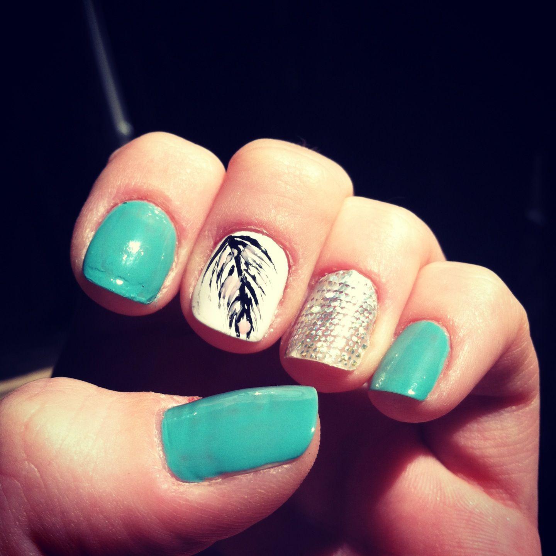 Feather nail design | Inspo | Pinterest | Feather nail designs ...