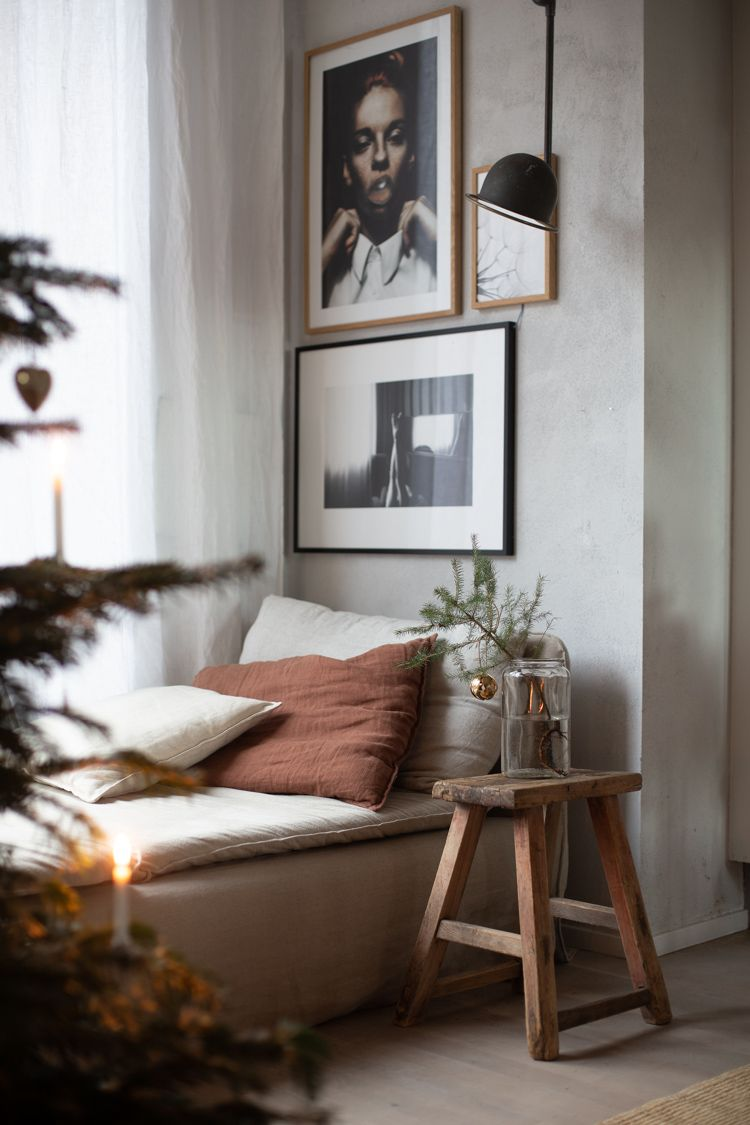 Cosy corner /daybed in my home ready for Christmas (with a little golden touch from the Georg Jensen 2019 Christmas Collectibles. #exteriordecor