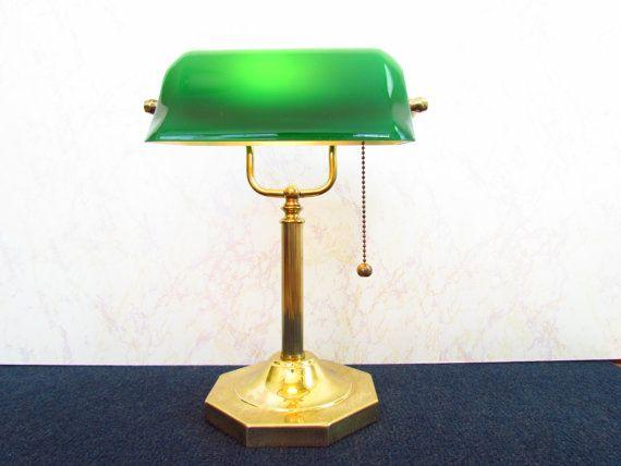 Very Nice Vintage Bankers Desk Lamp