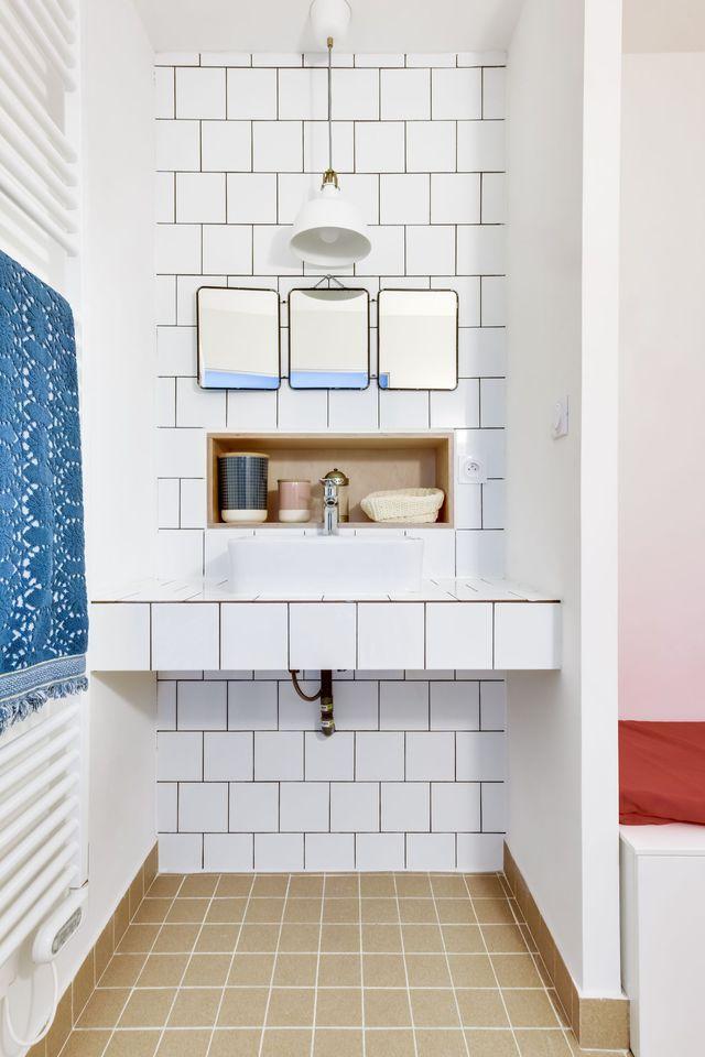 Maison Romainville  200 m2 décorés pour une famille Bath, Bath - joint noir salle de bain