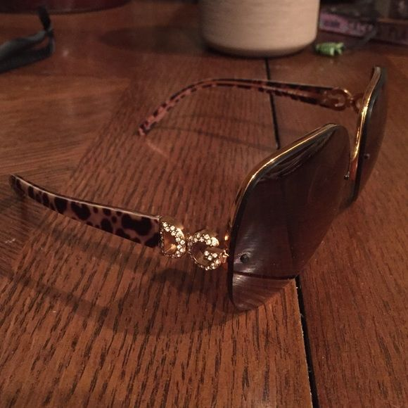 5ddad7a969 Dolce n Gabbana sunglasses
