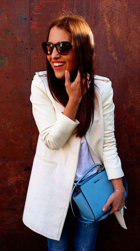The Spanish actress Paula Echevarria wearing a Tara Jarmon white linen  leather coat. #tarajarmon #white #coat #summer