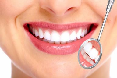 4 Essential Oils for Healthy Teeth and Gums