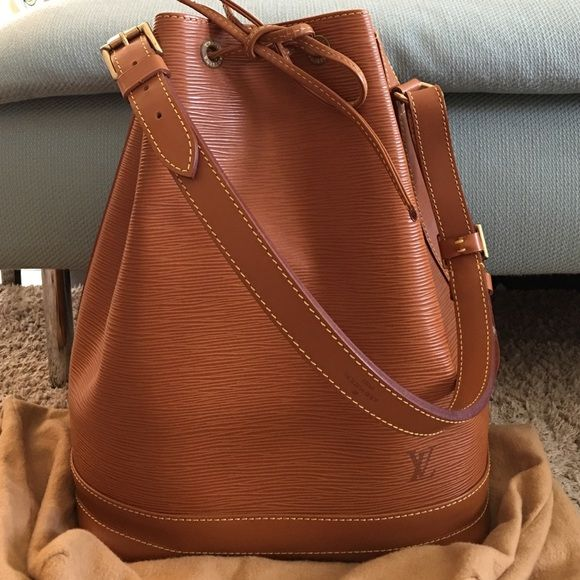 6e9a312abb Louis Vuitton Epi Noe GM- Kenyan Brown in Goldtone Mint Condition with  minimal scuffing and