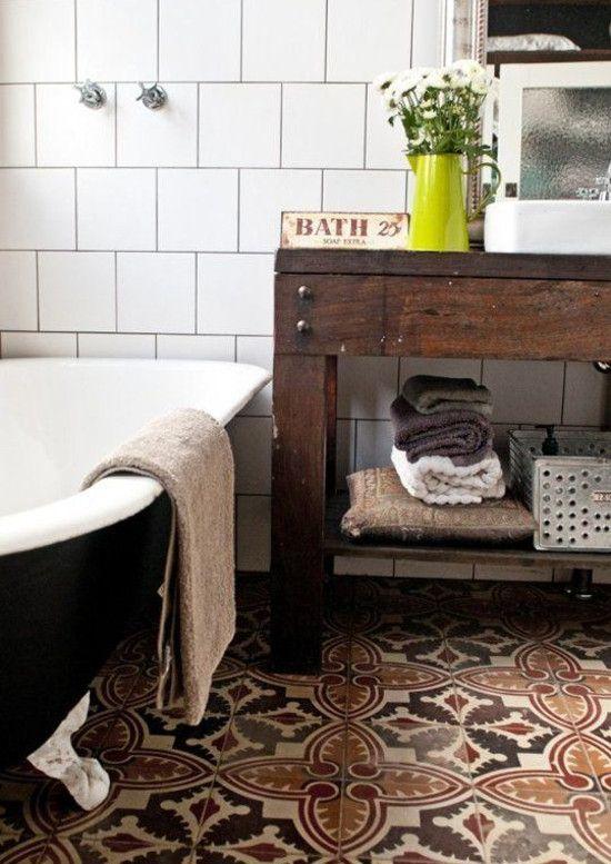 bathroom floor tile - patterned antique Spanish bathroom ...